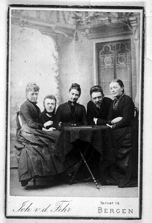 Frants Beyer - Image: Frants & Marie Beyer with friends (5600408886)