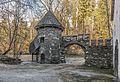 Frauenstein Schloss Wasserablaufschleusenturm und Zinnen-Tor 14122016 5660.jpg