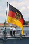 Fregatte Hamburg, F220 (9409799093).jpg