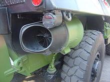 ¿Cómo funciona un anfibio? 220px-French_VAB_propeller_dsc06844