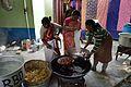 Frying Vegetable Pakora - Simurali 2015-01-30 5489.JPG