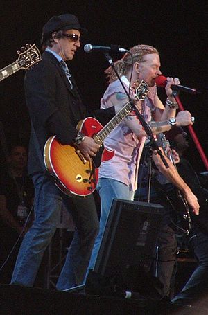 Izzy Stradlin - Stradlin and Axl Rose at the Download Festival in 2006