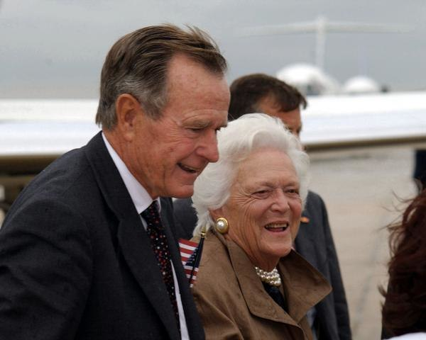 G %26 B. Bush F-SD-03-15575.jpg