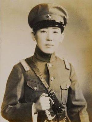 Yoshiko Kawashima - Kawashima in Japanese military uniform