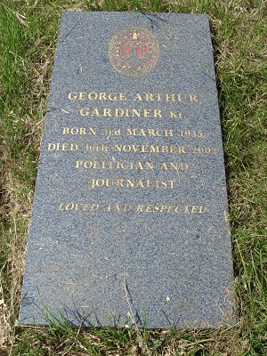 George Gardiner (politician) - Funerary monument, Brompton Cemetery, London