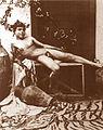 Gloeden, Wilhelm von (1856-1931) - n. 1017 - Bacco.jpg