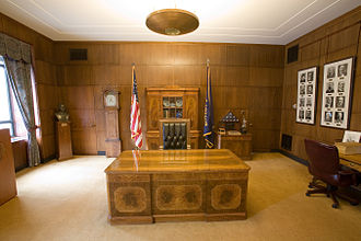 Governor of Oregon - The ceremonial Governor's Office in the Oregon State Capitol