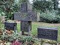 Grab Hugo Schmölz und Familie Nordfriedhof Köln (Gesamtansicht) 2009.jpg