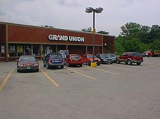 Grand Union (supermarket) - 2006 photo of a Grand Union store in Johnson, Vermont