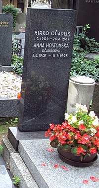 Grave of Mirko Očadlík and Anna Hostomská.jpg