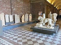 Greek antiquities in the Louvre - Room 8 D201903.jpg