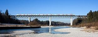 Grosshesseloher Brücke R B.jpg