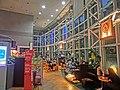 HK 九龍塘 Kln Tong 達之路 Tat Chee Avenue 創意中心 InnoCentre evening interior shop Pacific Coffee Company Mar-2014.JPG