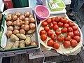 HK Kln 九龍城 Kowloon City 土瓜灣 To Kwa Wan 馬頭角道 Ma Tau Kok Road near 炮杖街 Pau Chung Street outdoor wet food market June 2020 SS2 17.jpg
