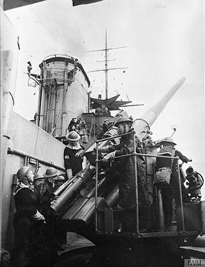 QF 4.7 inch Mk VIII naval gun - One gun on HMS Rodney before 1940
