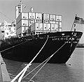 HUA-171664-Afbeelding van een Amerikaans containerschip in de haven te Rotterdam.jpg