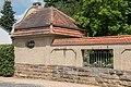 Haus Morneweg Gartenhaus links.jpg