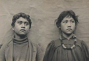 Native Hawaiians - Image: Hawaiian Schoolchildren by Henry Wetherbee Henshaw modified