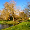 Hever Castle bridge by the canal.jpg