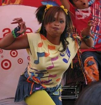 Kimee Balmilero - Balmilero performs at a Hi-5 concert