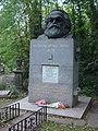Highgate Cemetery 006.jpg