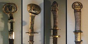 Chokutō - Image: Hilts of Japanese straight sword Kofun period circa 600