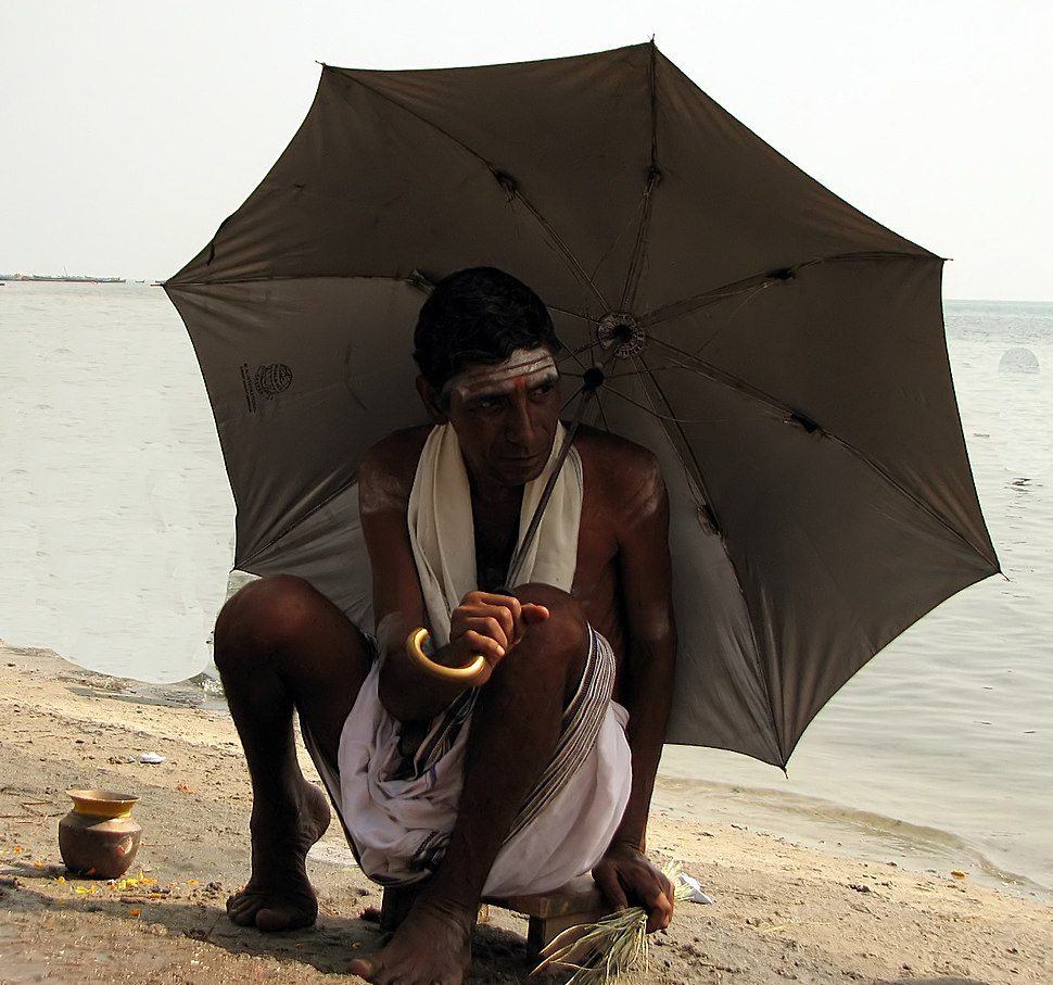 Hindu last rites for departed souls.jpeg