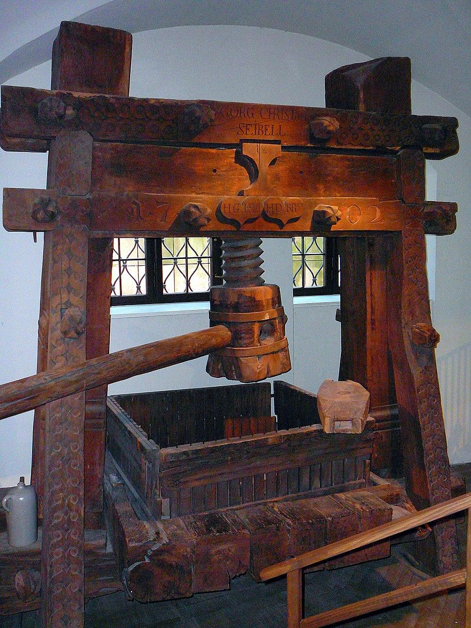 Holzspindelkelter von 1702