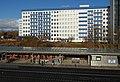 Hostel Generator am S-Bahnhof Landsberger Allee (2010).jpg