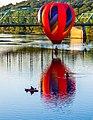 Hot Air Balloon (29215327153).jpg