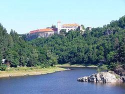 Река желетавка с замком битов на левом