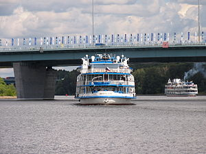 I.A. Krylov on Khimki Reservoir 23-jul-2012 11.JPG