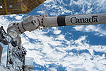 ISS-46 Canadarm2.jpg