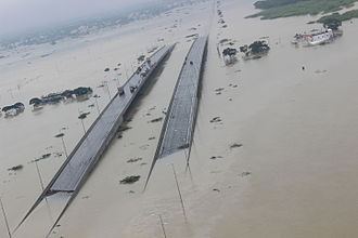 2015 South Indian floods - Submerged bridges in Chennai