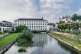 Indre river in Loches 02.jpg
