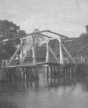 Wheldrake - The old Ings Bridge over the River Derwent was replaced in the 1960s.
