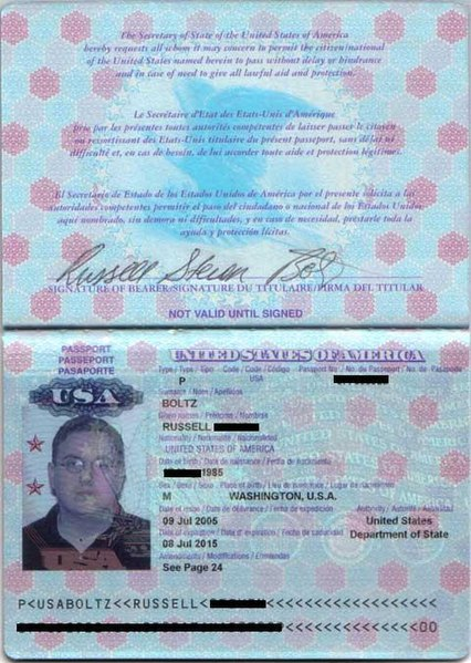 File:Interior of US Passport.JPG