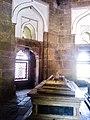 Isa Khan Niyazi's tomb in Delhi 88.jpg
