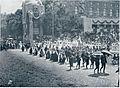 Iz jubilejskega sprevoda - gorenjski godci, planšarji in planšarice 1908.jpg