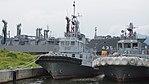 JMSDF YT-64 left front view at Maizuru Naval Base July 29, 2017.jpg