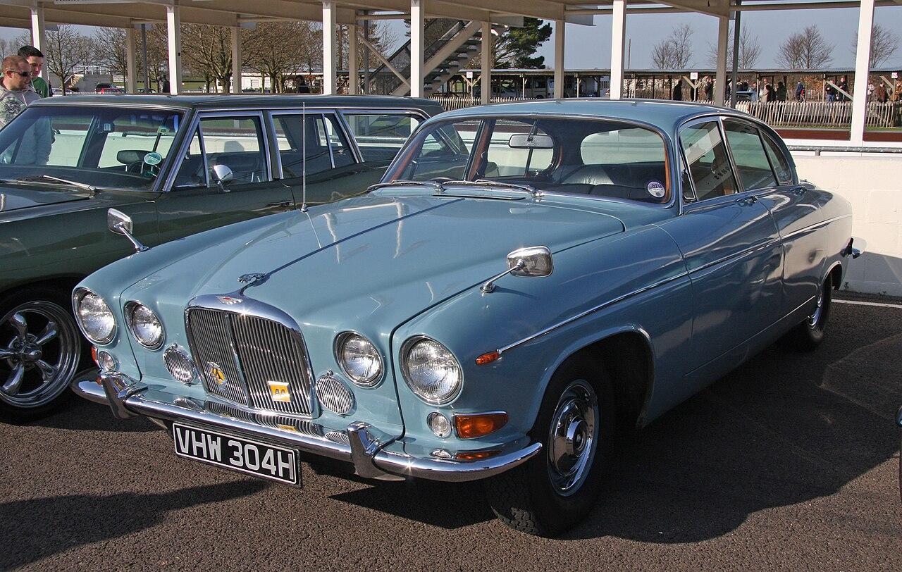 Jaguar 420 and daimler sovereign 196669 wikiwand publicscrutiny Gallery