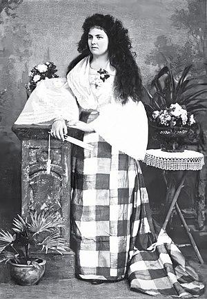 Josephine Bracken - A studio portrait of Bracken in Filipino attire, 1896
