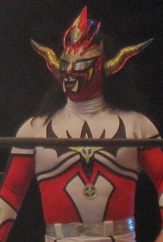 CMLL Universal Championship - Jushin Thunder Liger, one of the few non-CMLL regulars to participate, also winner in 2010.