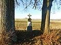 Kříž u silnice mezi Kamenicí a Kameničkou (Q104975728).jpg