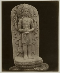 KITLV 28246 - Isidore van Kinsbergen - Sculpture of a four-armed figure at the residency in Kediri - 1866-12-1867-01.tif