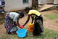 Kashebere, Nord Kivu, RD Congo - Aujourd'hui, c'est la Journée Mondiale de l'Eau. (25954232636).jpg