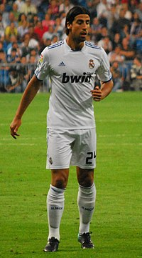 chandal real madrid con capucha