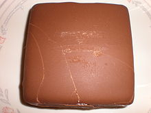 Klondike bar Original with vanilla filling.JPG