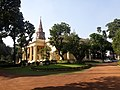 Kolkata St. John's Church premises 01.jpg