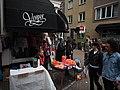 Koningsdag in Amsterdam, Binnen Oranjestraat foto 1.JPG